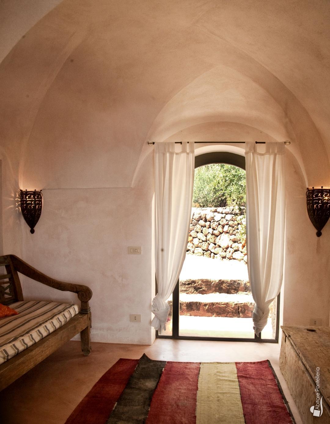 Tiny House Italia Permessi la casa del mare - abitare pantelleria